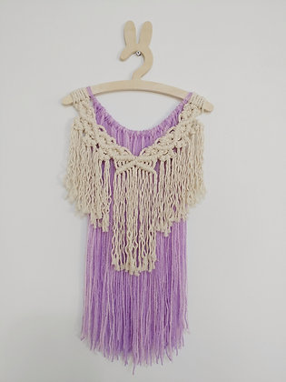 שמלה על קולב