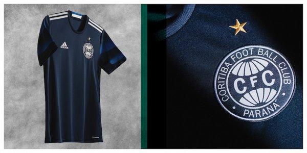 Camisa em homenagem a Fita Azul de 1972.  Créditos: Guia do Boleiro.