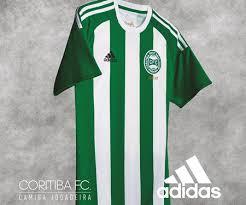Camisa em homenagem ao Título Nacional de 1985.  Créditos: Mantos do Futebol.