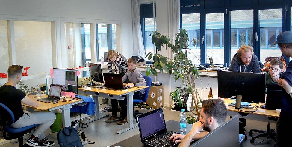 Office_People_brightened.jpg