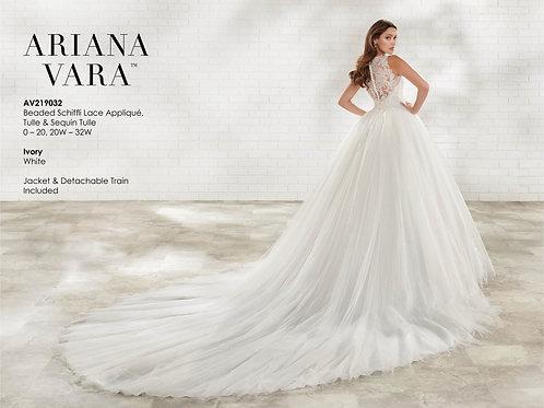 ARIANA VARA - AV219032