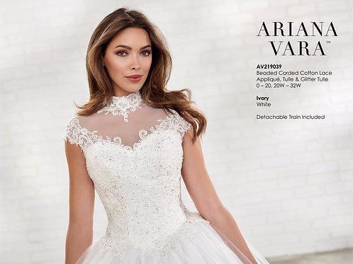 ARIANA VARA - AV219039