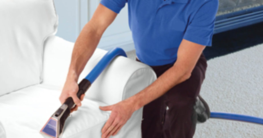 cleaning-upholstery-cleaner-Inidnapolis-