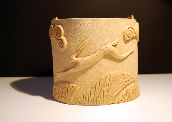 Hare pot 2