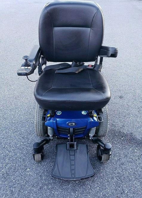 Q6 Quantum Edge Blue Power Wheelchair