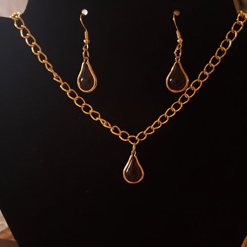 Amber Tear Drop Necklace and Earring Set
