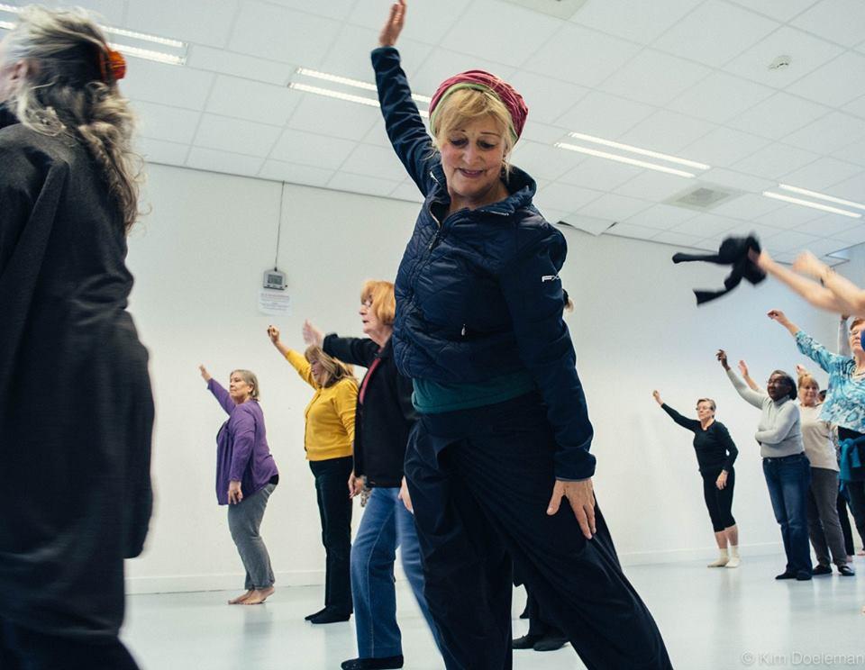 moderne dansles voor senioren - een feest op de dansvloer