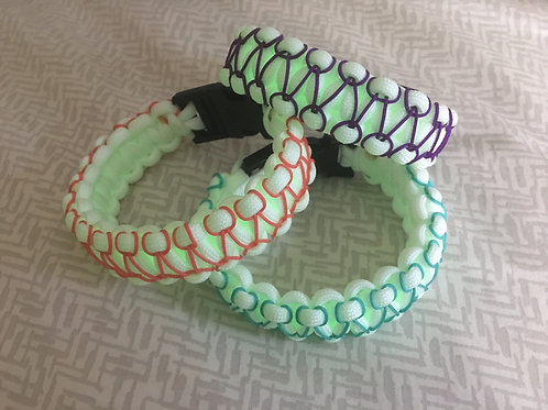 Two-Color Glow in the Dark Paracord Bracelet