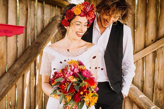 Mexican Wedding. Farbenfrohe Sommerhochzeit. Fotografiert von Anna-Maria Laner. Lebendig, rustikale Inspiration für eure Hochzeit.