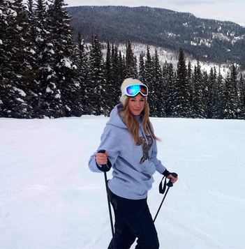 32-Bethany skiing_edited.png
