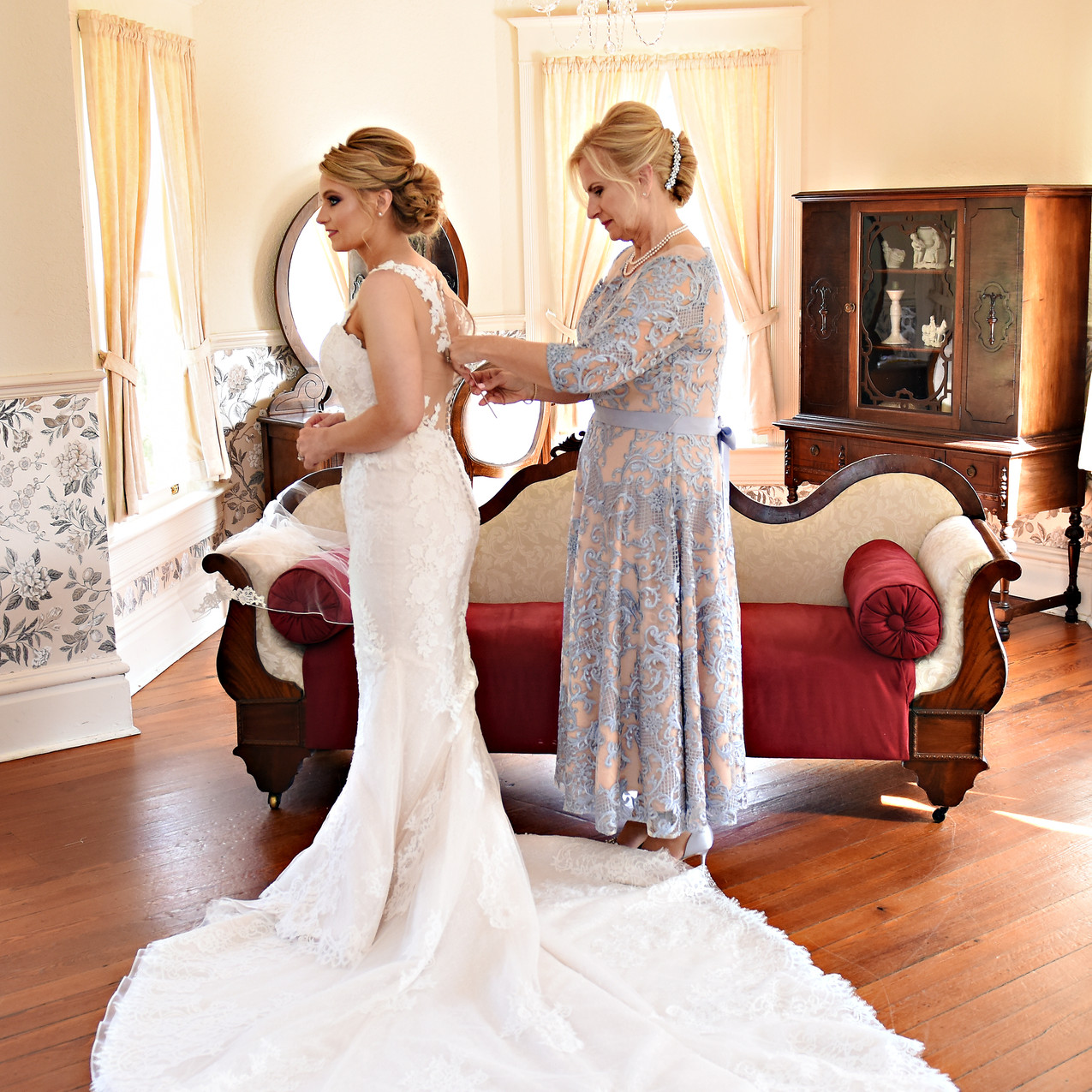 Mom assisting the bride
