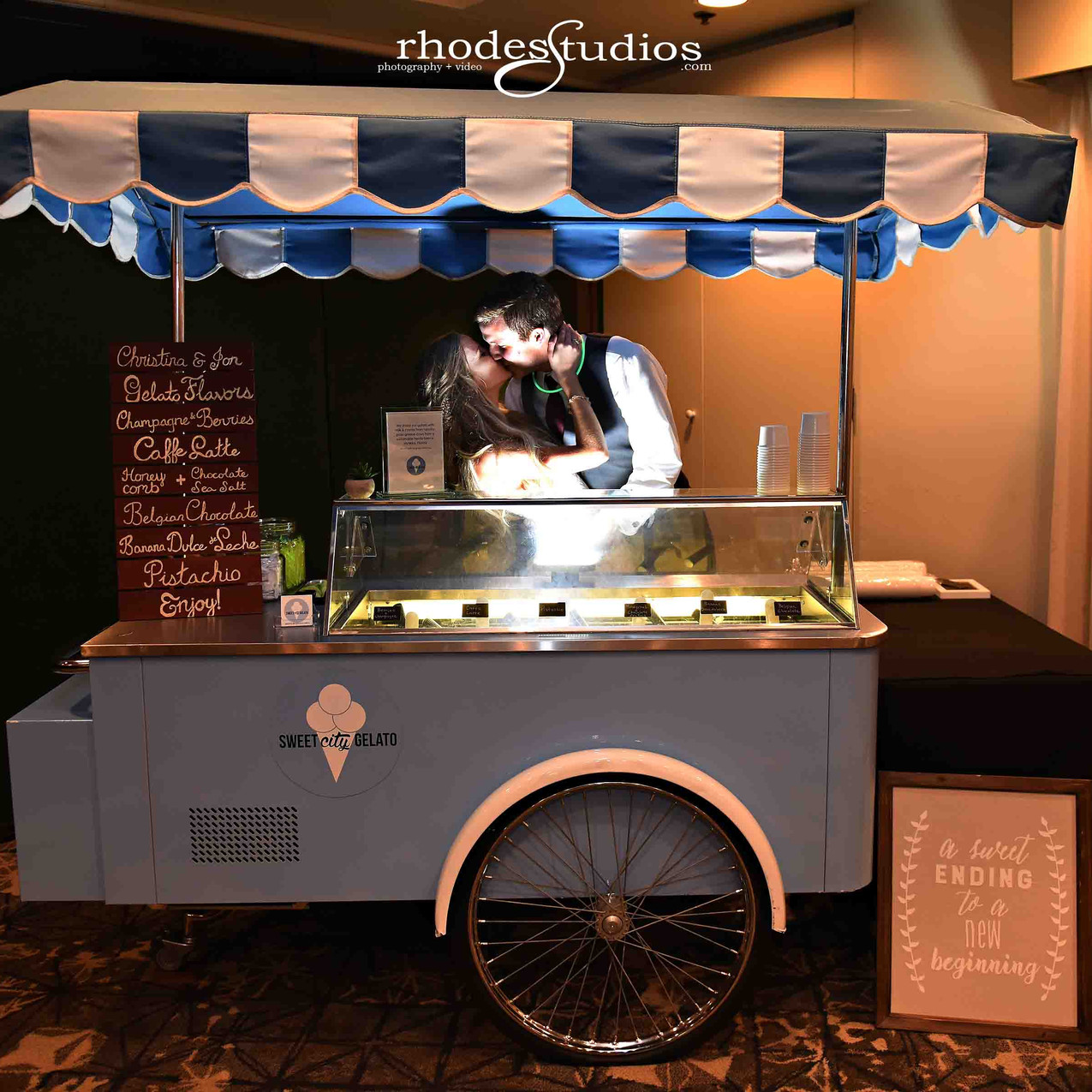 Who doesn't love a gelato cart!