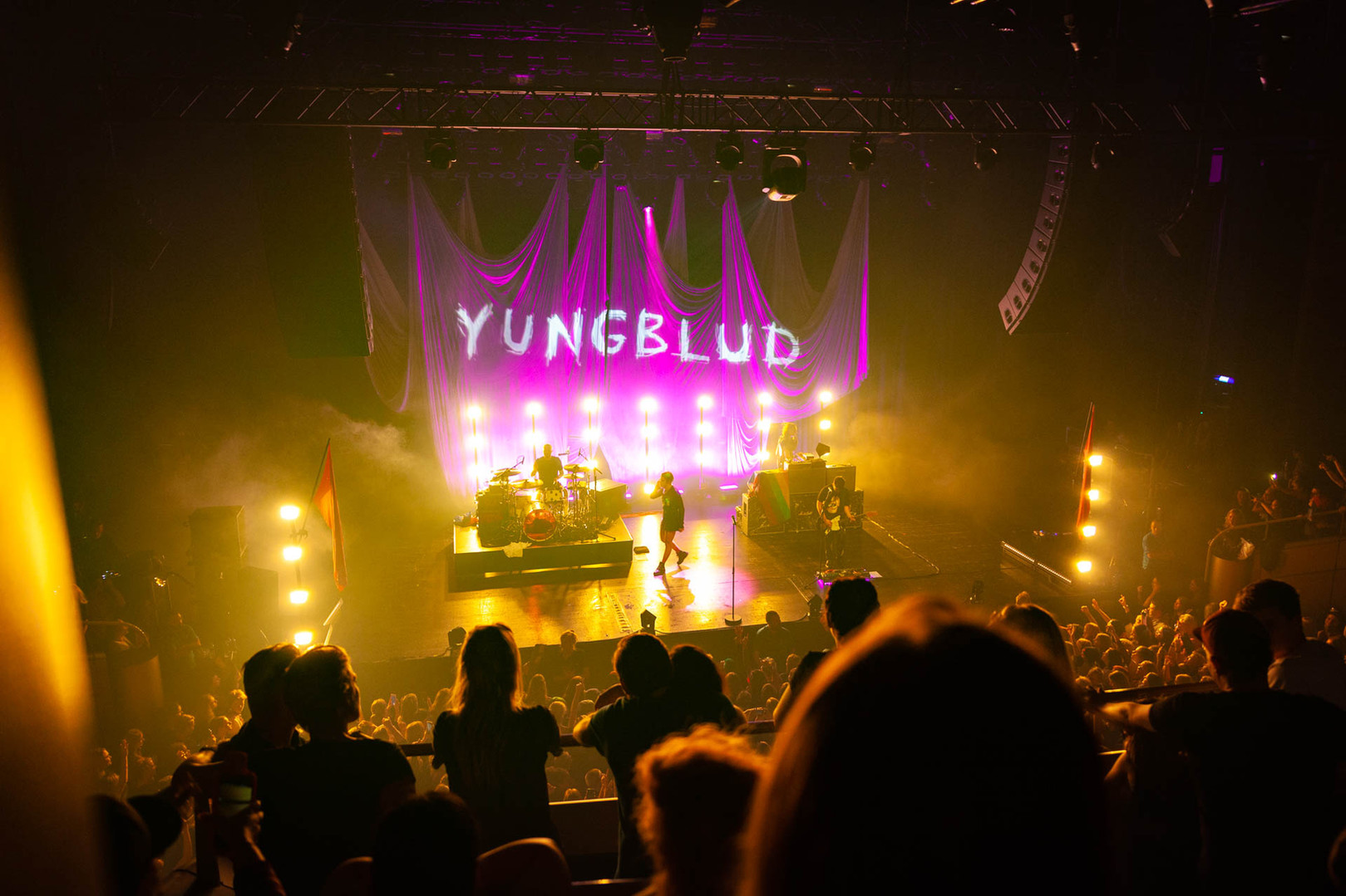 Yungblud in TivoliVredenburg fotografie door Dorien Hein Tot Kijk fotografie