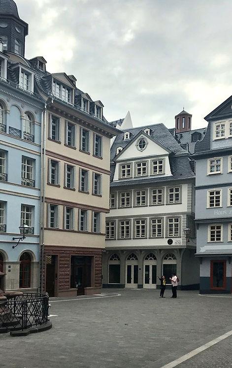 fine-stories-frankfurt-achtitektur7.jpg