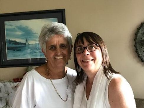 Rosita Arvigo and Beth Townsend.jpg