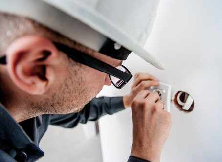 Why summer is the best moment to do your home repairs?