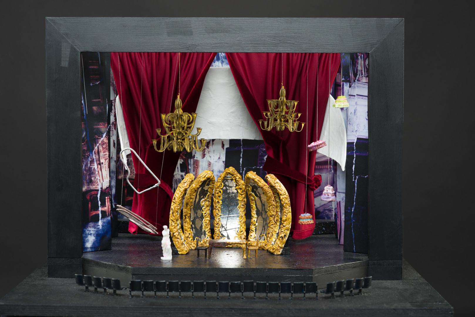 Model box for 'Amadeus'