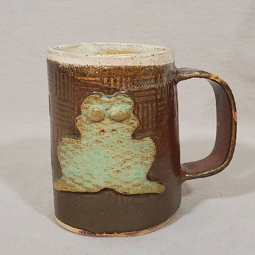 Green Frog on a Brown Textured Ceramic Mug