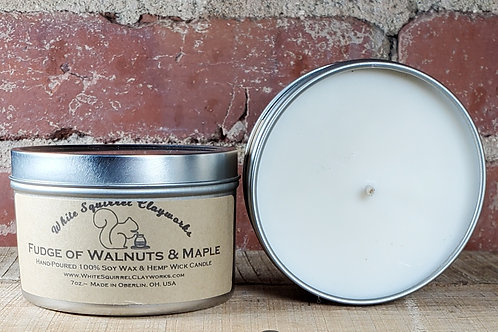 Fudge of Walnuts & Maple Syrup Hand-Poured Soy Candle - 7oz