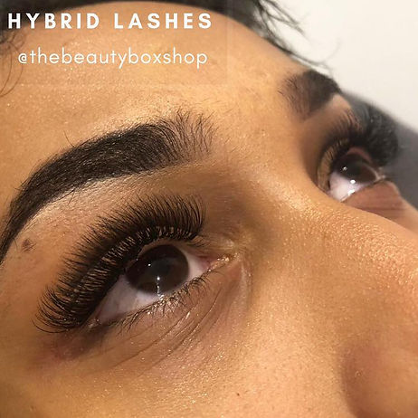 Hybrid Lashes Leicester