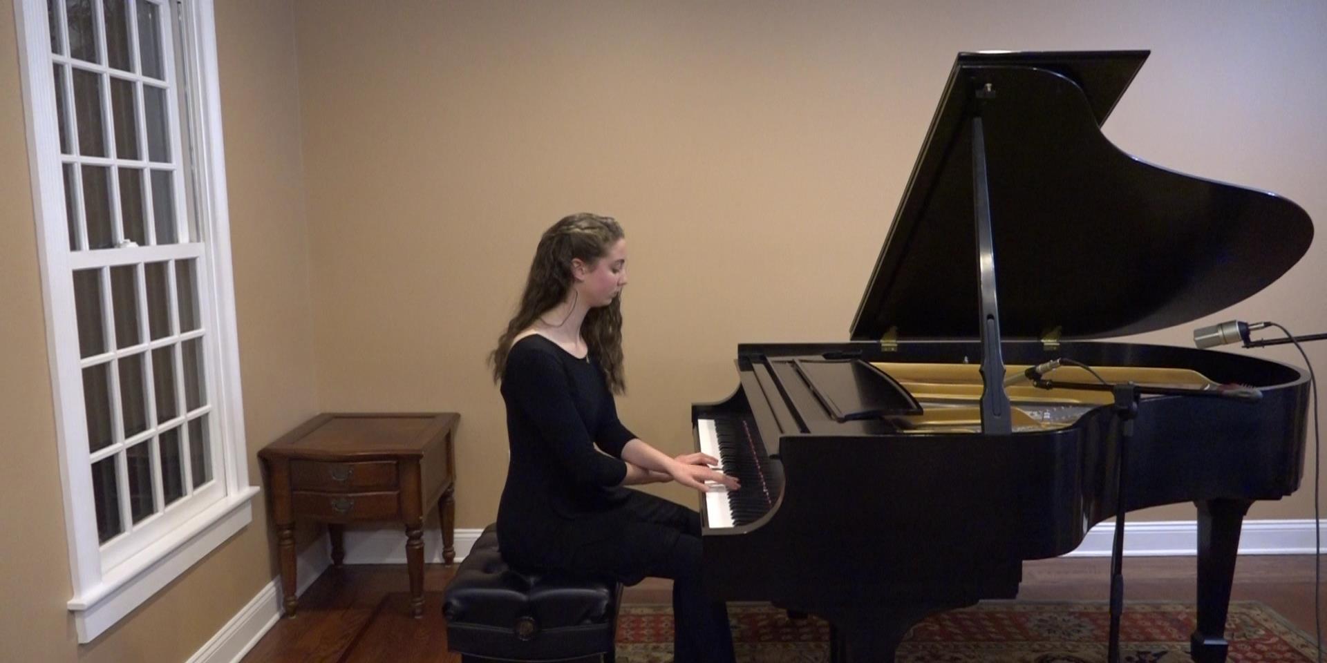 Jillian plays Debussy