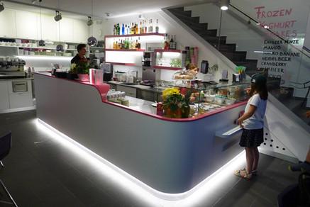 Yoghi Bar