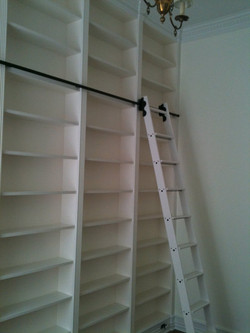 traditional-bookcase2.jpeg