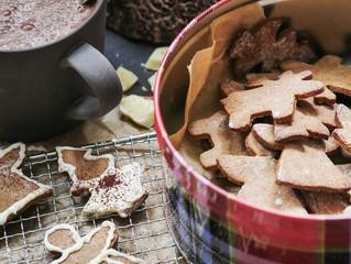 Glutenfreie Kastanienmehl Plätzchen mit Marzipan und weißer Schokolade