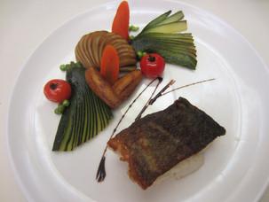 Cabillaud rôti et ses sifflets de légumes