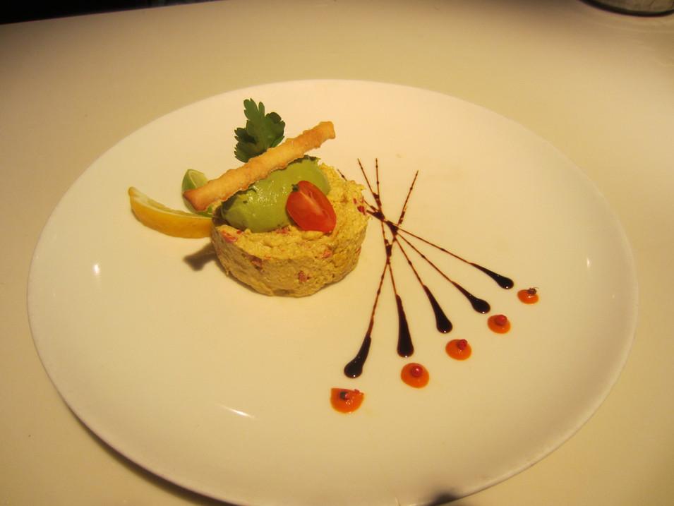 Tartare de crabe et saumon parfumé au curry