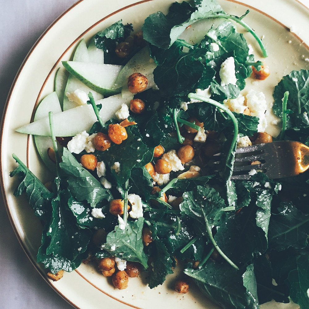 Baby Kale Salad with Chickpeas