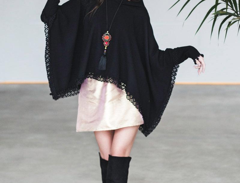 Blackbird Wool Poncho