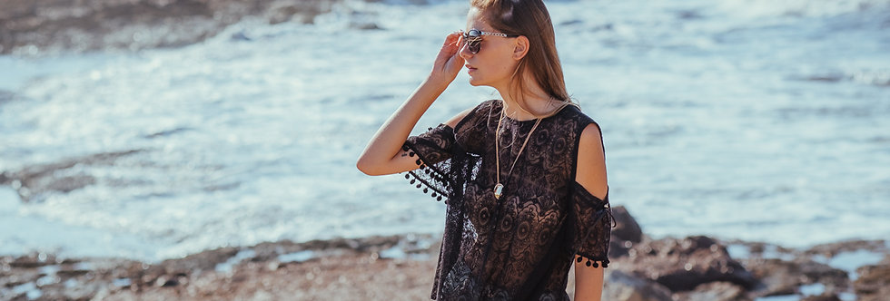 Alcudia Embroidered Lace Blouse
