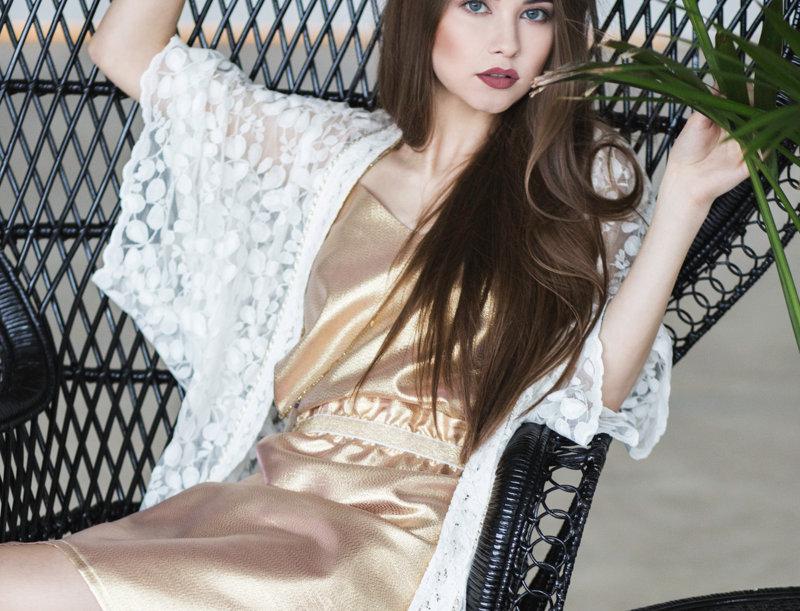 Vella Lace Kimono