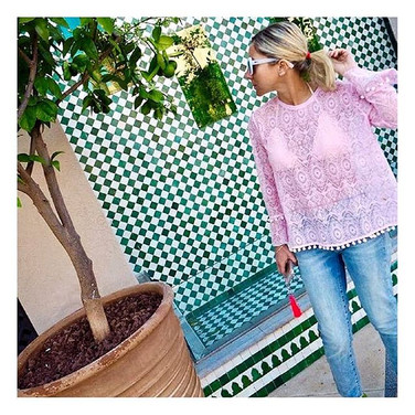 Embroidered lace top Deia