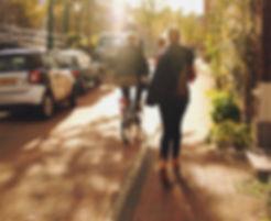 walking-architecture-people-girl-sunshin