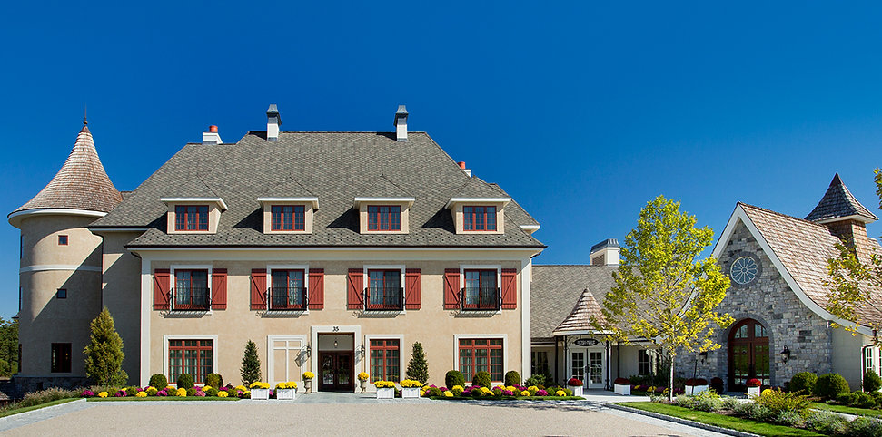 Front entry way image of our Mirbeau Inn and Spa of Plymouth building.