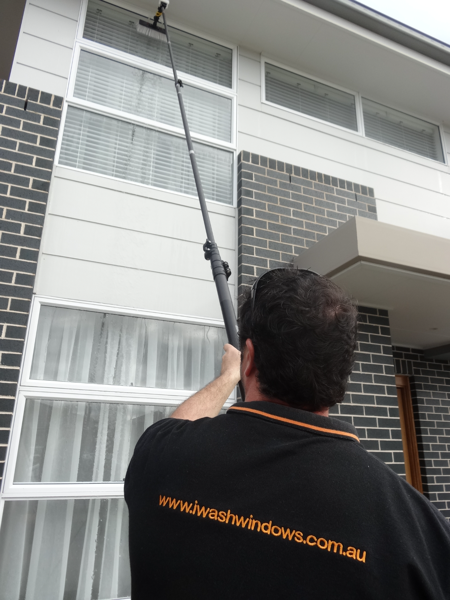 window cleaning Parramatta - Cherrybrook