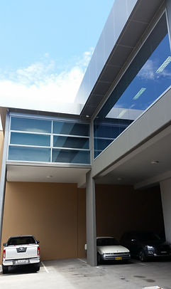 Local Professional Commercial and Industrial window cleaning Chatwood NSW. Window cleaner service.