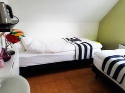 Room 8_2