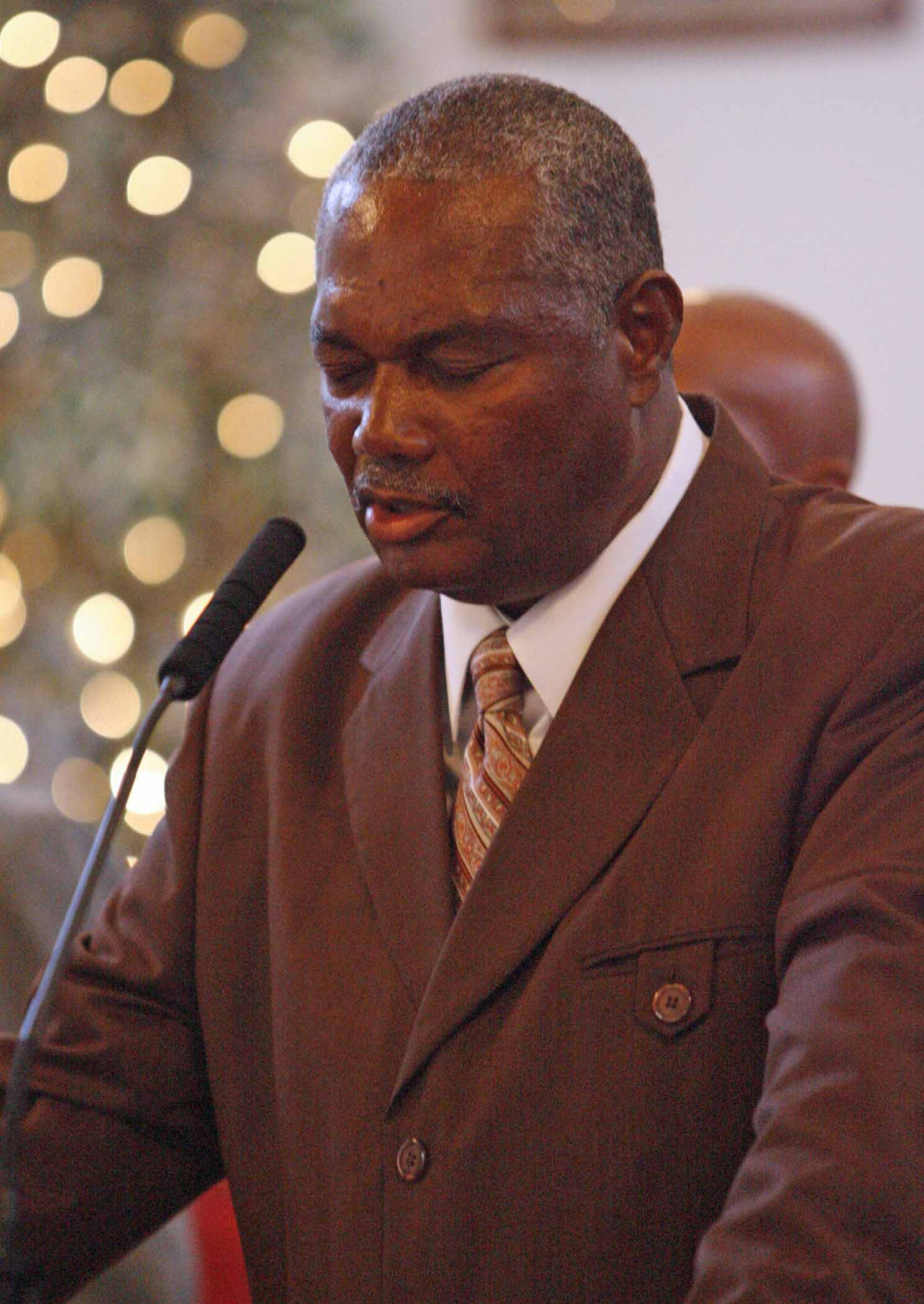 Minister Roy Williams