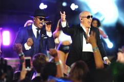 Ne-Yo & Pitbull, Miami, NYE 2015