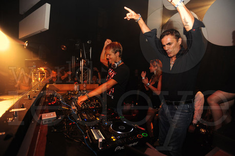 6278503-Armin-Van-Buuren-&-Eric-MIlon2.j