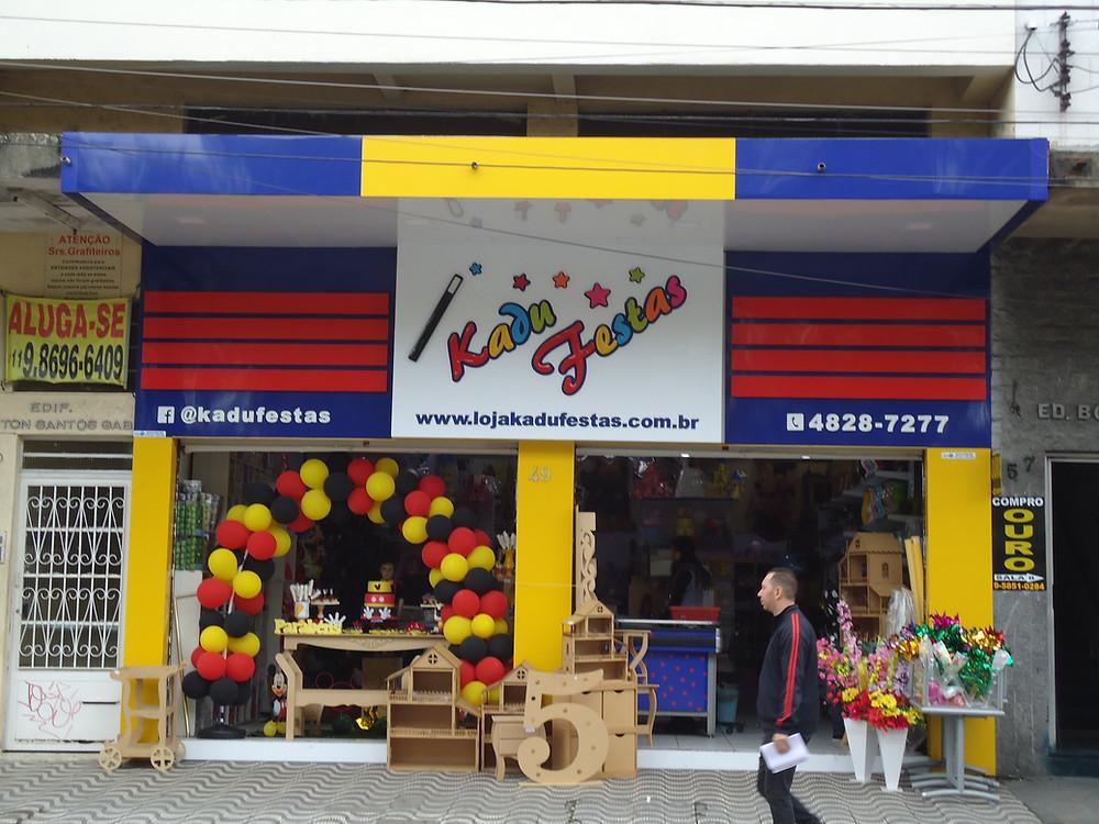 Fachada de ACM em loja de festas Ribeirão Pires