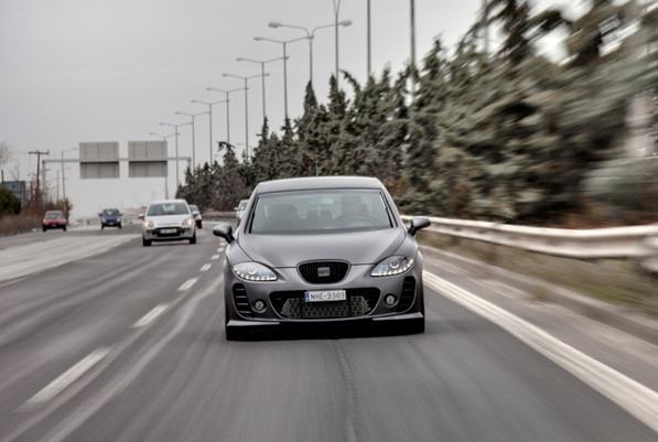 Seat leon on the road