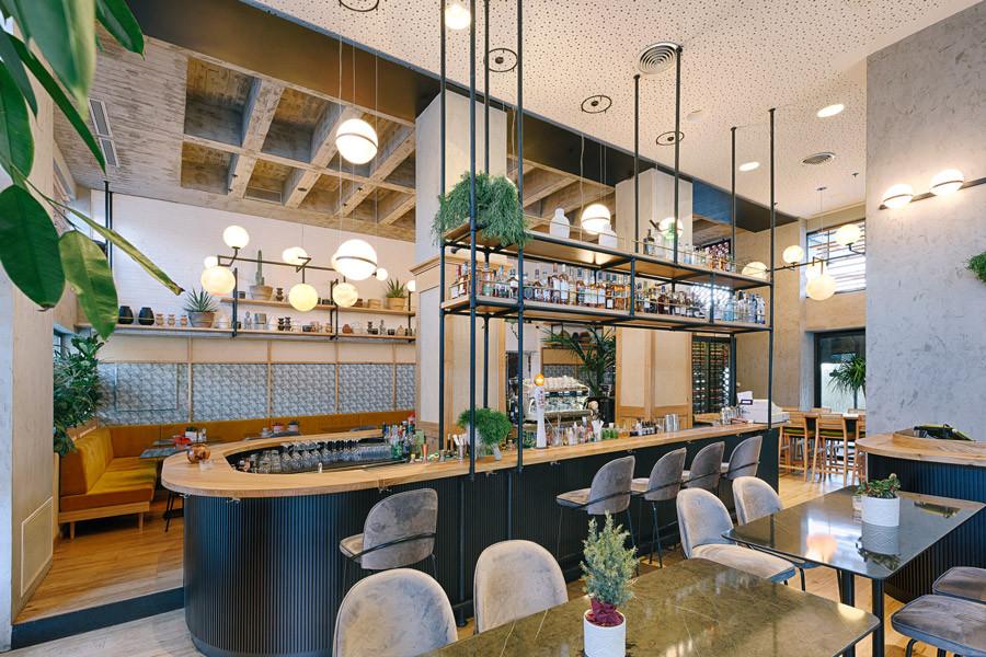 180 lounge bar.jpg