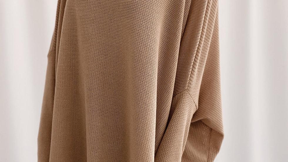 Sweater Over Pattie / Tostado