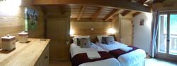 Bedroom 3, twin beds