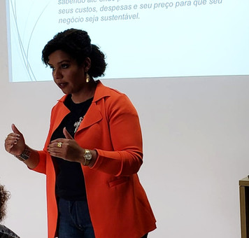 Contar a própria história: a Consciência Negra e a mulher negra no mercado de trabalho