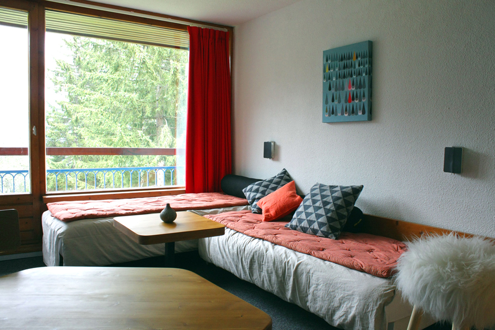 Salon ouvert sur la nature & balcon